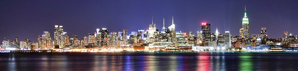 cs-1232-st-statue-by-night-new-york-water-taxi_banner_1024x422c